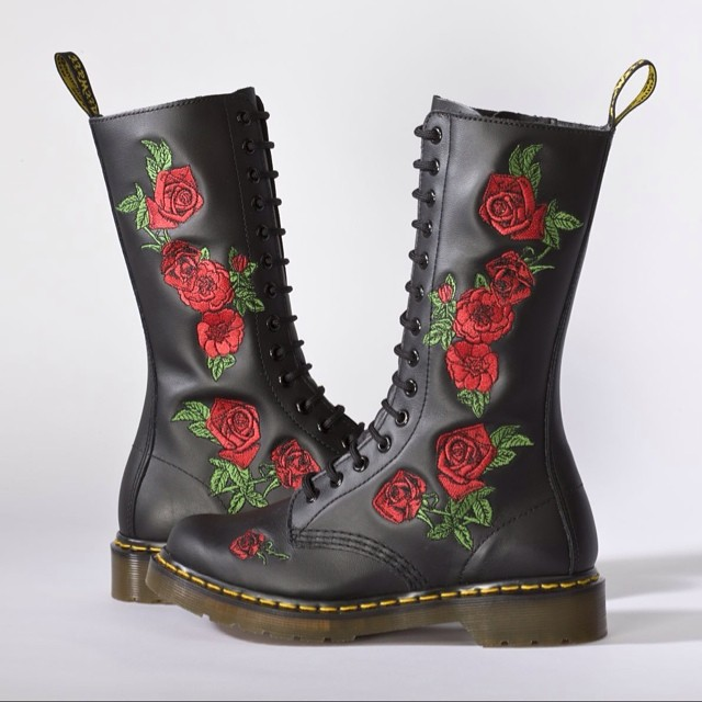 Vonda #DrMartens great for the festival season. A real girly version of the classic 14-eye boot. £140 at #DrMartensCardiff The Hayes. #cardifffashionblog