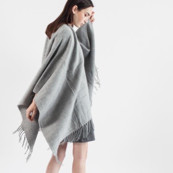 Modern Citizen Caro Textured Knit Wrap in Grey